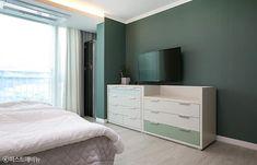 [아파트인테리어] 예쁜집 로망실현! 개구쟁이 두 아들도 웃음가득 47평 보금자리 : 네이버 포스트 1st Avenue, Dresser As Nightstand, Sofa Bed, Bedroom, Table, Projects, House, Furniture, Home Decor