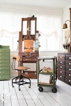 the toledo stool & equipto cart – Miss Mustard Seed – İndustrial Office Art Studio Room, Studio 60, Art Studio At Home, Painting Studio, Home Art, Small Studio, Studio Ideas, Art Studio Organization, Miss Mustard Seeds