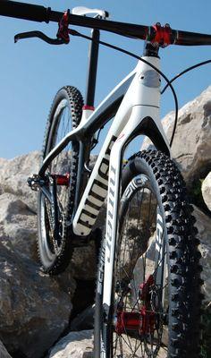 Members' Bikes: Lea's sub-17lb Niner Air 9 Carbon | Bike Magic