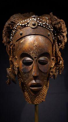 Mask - CHOKWE - Congo (R.D.C.)