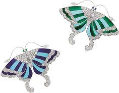 VCA. Or blanc, diamants ronds, tailles baguette, trapèze et poire, cabochons de saphir et d'émeraude, lapis-lazuli, turquoise, malachite. Van Cleef & Arpels #VCA Noah's Ark Arche de Noé Butterfly Brooches