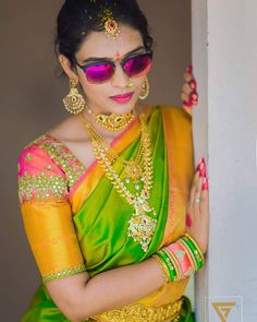 Mail your wedding images to b - Vgjewel Bridal Blouse Designs, Saree Blouse Designs, Indian Blouse, Indian Wear, Silk Thread Bangles, Kurta Designs, India Jewelry, Bead Jewellery, Bridal Jewellery