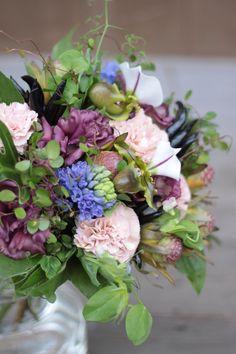 カーネーション/トルコキキョウ/ブーケ/花束/花どうらく/花屋/http://www.hanadouraku.com/bouquet