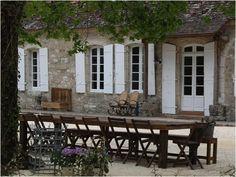 Elysian manor 5 bedrooms dordogne france, sleeps 16 + 6 cots