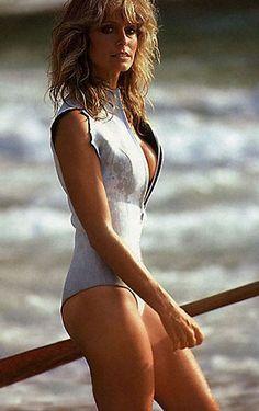 Farrah Fawcett Pin Up Gallery Farrah Fawcett, Beautiful Celebrities, Beautiful People, Beautiful Women, Cheryl Ladd, Classic Beauty, Swimsuits, Swimwear, Movie Stars