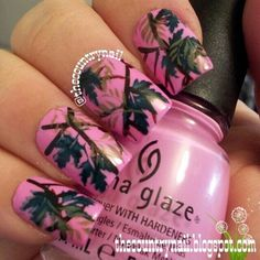 Pink Mossy Oak Camo Nails <3 #pinknails #chinaglaze   I KNOW some girls who would LOVE this!!  Keri and Taylor!!  LOL