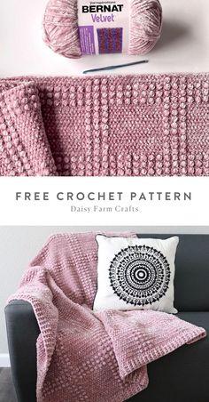 Free Pattern - Crochet Velvet Windowpane Throw by Daisy Farm Crafts. Knit Or Crochet, Crochet Crafts, Easy Crochet, Crochet Stitches, Crochet Projects, Free Crochet, Crochet Patterns, Bernat Blanket Patterns, Farm Crafts