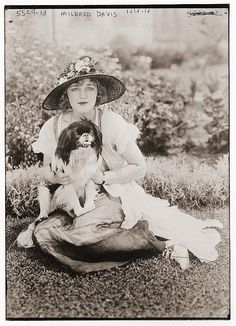 mildred davis and dog--Pekingese