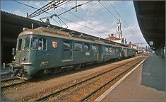 13 (Kreuzlingen) der MThB am Startpunkt Konstanz Swiss Railways, Oil Rig, All Over The World, Transportation, Tourism, Train Stations, Vehicles, Public, Europe
