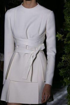 Valentino | Fall 2014 Couture Collection | if only i could make this fit in the budget #valentinodetails