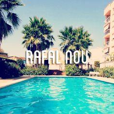Días de verano en otoño en los que seguir aprovechando la piscina de nuestra #casadeldía. Más info y fotos de la casa en: http://www.fincasfiol.com/rafal-nou-2/