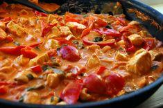Meksikansk kyllinggryte. Wok, Pepperoni, Thai Red Curry, Nom Nom, Good Food, Paleo, Food And Drink, Pizza, Chili
