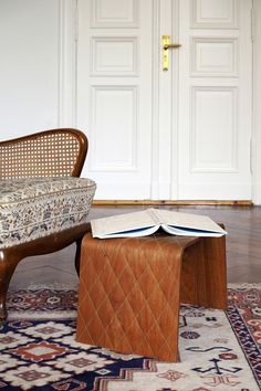 quilted plywood ! // Chester Stitched Wood by Berlin-based Oya-Meryem Yanik and Anastasiya Koshcheeva