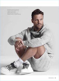O jogador de rugby australiano/modeloNick Youngquest (@nickyoungquest)é a estrela da nova edição da Men's Health Itália (@menshealth.it) Confere: Siga o GB:Facebook Page|Twitter|Tumblr…