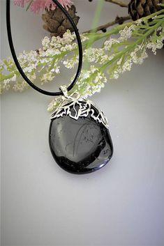 Sima-polodrahokamy / Prívesok z turmalínu - v striebre, ochranca z hlbín zeme Pendant Necklace, Mirror, Jewelry, Decor, Decoration, Jewlery, Decorating, Jewels, Mirrors
