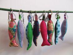 Porte-clés poissons en tissus -  pistache et pâtisson