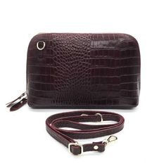 Sac Luna - cuir effet Crocodile Bordeaux 43,00 € - chez HOWNE Crocodile, Bordeaux, Bags, Fashion, Green Leather, Purse, Leather Accessories, Pouch Bag, Objects