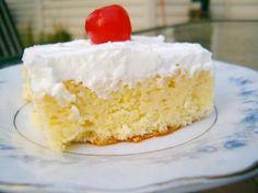 El pastel tres leches es un tipo de pastel que es muy adecuado para cualquier fiesta, cumpleaños o celebración, es un pastel que queda muy bonito y que además podrás...