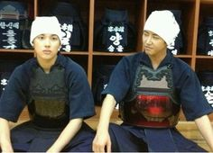 ZE:A's Siwan and Kwanghee battle in kendo showdown for 'Standby'