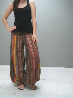 Pantaloons and singlet tops. This I shall live in. :) For Great Yoga Products Visit Our Website Best Yoga Clothes, Fold Over Yoga Pants, Hippie Outfits, Couture, Harem Pants, Trousers, Live, Clothing Patterns, Autumn Winter Fashion