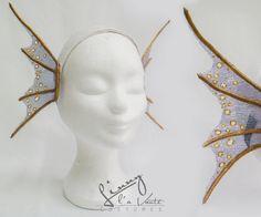 mermaid Fin Ears by LinnylaVanteCostumes on Etsy Cosplay Tutorial, Cosplay Diy, Halloween Cosplay, Halloween Costumes, Couple Halloween, Siren Costume, Fish Costume, Costume Makeup, Mermaid Fin