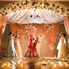 Its not easy finding exclusive Mandap Decor Ideas for your Indoor Wedding! We bring you ideas and inspirations to make your dreams come true. Indian Wedding Receptions, Wedding Ceremony Ideas, Wedding Mandap, Wedding Poses, Wedding Bride, Wedding Cake, Wedding Halls, Indian Wedding Stage, Reception Ideas