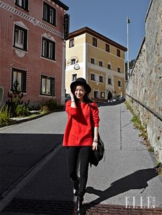 스위스에서도 '반짝반짝' 한지민! | 엘르코리아(ELLE KOREA)