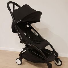 Babyzen YoYo+ Black travel stroller - For Hire Perth - Baby Equipment Rental Travel Car Seat, Travel Stroller, Pram Stroller, Baby Strollers, Traveling With Baby, Traveling By Yourself, Perth, Portable Car Seat, Zen