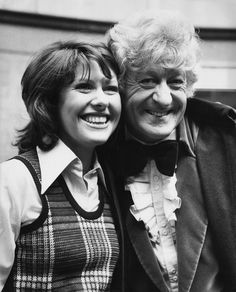 English actors Jon Pertwee and Elisabeth Sladen outside BBC TV Centre, London, June Pertwee and Sladen play Doctor Who and his companion Sarah Jane Smith in the British television series. Get premium, high resolution news photos at Getty Images Sarah Jane Smith, Jon Pertwee, Classic Doctor Who, Doctor Who Companions, Playing Doctor, Clara Oswald, Bbc Tv, Torchwood, Dr Who