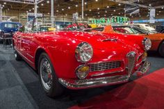 Alfa Romeo 2000 Spider Touring (1961) - Sergey Kohl / Shutterstock.com