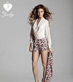Heb je al gehoord van Jacky Luxury? Jacky Luxury is een modelabel die dit voorjaar voor het eerst online verkrijgbaar…