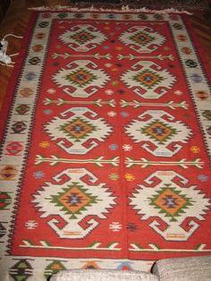 Gorgeous old hand woven Romanian traditional rug /flat weave kilim / antique Eastern European carpet / rug Tree Of Life Symbol, Old Hands, Modern Carpet, Traditional Rugs, Sheep Wool, Rugs On Carpet, Carpets, Carpet Runner, Pattern Making