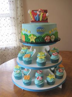 Awesome Mario cake and cupcakes combo.