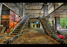Urban Decay homes | Free Art Pics: 50 Beautiful Examples of Urban Decay Photography