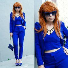 Blue Set (Top Blazer And Pants), Geometric Necklace, Sunglasses