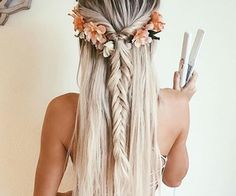 Bohemian hairstyles are worth mastering because they are creative, pretty and so. Bohemian hairstyles are worth Medium Long Hair, Medium Hair Styles, Long Hair Styles, Hair Styles Summer, Hair Styles For Formal, Bohemian Hairstyles, Trendy Hairstyles, Braided Hairstyles, Boho Hairstyles Medium