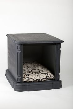 Cozy Pet Bed / End Table / Nightstand