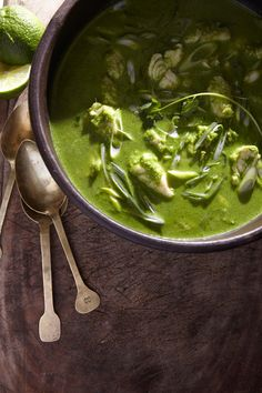This is very simply AMAZING - very green fish stew