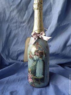 """Подарочное оформление бутылок ручной работы. Ярмарка Мастеров - ручная работа Бутылка шампанского """"Старинные розы"""" на 8 марта. Handmade."""