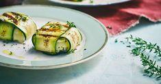 Wer im Sommer vegetarisch grillen möchte, greift gerne auf gegrillte Zucchini zurück. Wir haben leckere Rezepte für dich und Tipps fürs perfekte Marin...