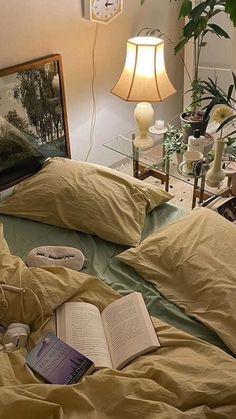 Nature Bedroom, Earthy Bedroom, Room Ideas Bedroom, Modern Bedroom, Bedroom Furniture, Bedroom Decor, Dream Rooms, Dream Bedroom, Crystal Room Decor