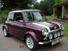1999 Austin Mini Cooper in Metallic Morello Purple classic-mini-cooper check out… Mini Cooper Classic, Classic Mini, Classic Cars, Austin Mini, Austin Cars, My Dream Car, Dream Cars, Mini Morris, Automobile