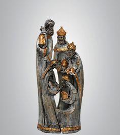 Esculturas pintadas à mão, com efeito madeira de demolição.