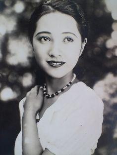 Mizukubo Sumiko (水久保澄子) 1916-?