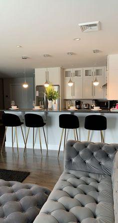 Dream Home Design, Home Interior Design, House Design, Dream Apartment, Apartment Living, Aesthetic Room Decor, Home And Deco, House Rooms, Home Living Room