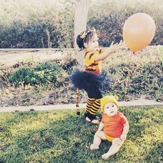 Homemade Halloween Family Costumes: Pooh and Friends! #happyhalloween #homemadecostumes #familycostumes