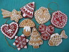 Moha Konyha mézesei Christmas Gingerbread, Royal Icing, Sugar, Cookies, Desserts, Christmas Crackers, Pie Cake, Biscuits, Deserts