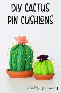 DIY Cactus Pin Cushion {with Cricut Maker Pattern!} - Amber Simmons diy pin cushions DIY Cactus Pin Cushion {with Cricut Maker Pattern! Felt Crafts Diy, Crafts To Make, Sewing Crafts, Sewing Projects, Diy Projects, Cactus Craft, Cactus Diys, Cactus Cactus, Cactus Flower