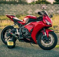 Honda CBR 1000RR. Motorcycles, bikers and more