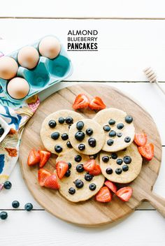 Almond Blueberry Pancakes  #brunch, #recipe, #breakfast, #almonds, #pancakes, #blueberry  Photography: Jasmine Nicole Photography - jasminenicolephoto.com   Read More: http://www.stylemepretty.com/living/2014/05/29/homemade-almond-milk/
